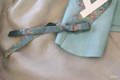 Korean Traditional, Traditional Outfits, Modern Hanbok, Vintage Couture, Dress Outfits, Ribbon, Wedding Decor, Womens Fashion, Textiles