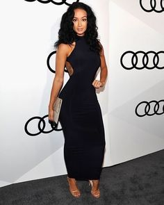 Showed off her toned physique: Actress Emily Osment, 24 opted for black pantsuit with wide legs and a halter top, while Draya Michelle (R) wore a tight black dress Draya Michelle, Evening Outfits, Celebrity Look, Style And Grace, Queen, Types Of Fashion Styles, Sexy Dresses, Tight Dresses, Fashion Beauty