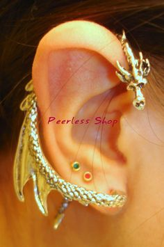 Silver color Dragon ear cuff by rylectrlu18 on Etsy, $25.00