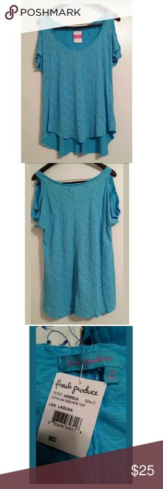 New! Fresh Produce Laguna Blue Catalina Escape Top New w/ Tag Women's Fresh Produce Size: Medium 100% Cotton Made in the USA Catalina Escape Top Open sleeves Hi-Low hem Color: Laguna SKU: ASSESCA  Style: 21620 RN: 82135 883836846116 PO: 700276-104 Last collage pic is for styling purposes and to show how the top looks. (www.freshproduceclothes.com) Fresh Produce  Tops Blouses