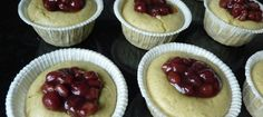 Glutenfri mochi cupcake (med matcha azuki rød bønner)|もち粉カップケーキ(抹茶あずき味)