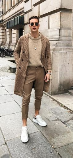 Brown Checkered Overcoat, Chinos and Round Neck Outfit for Men Stylish Mens Outfits, Casual Outfits, Winter Outfits Men, Simple Outfits, Brown Chinos, Men's Chinos, Chinos Men Outfit, Bomber Jacket Outfit, Brown Outfit