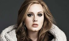Adele anuncia sua primeira gravidez