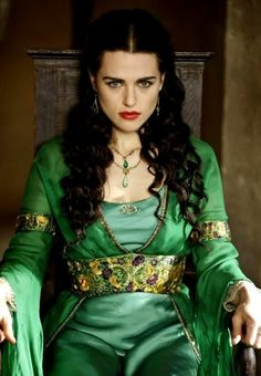 Katie McGrath as Morgana in Merlin. Love her costumes and jewelry. Also, this is more how the white witch should have looked.