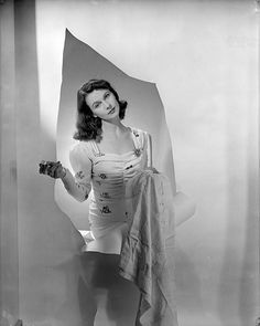 Vivien Leigh photographed by Cecil Beaton for British Vogue