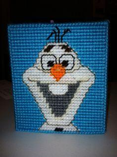 Frozen TBC 3/8   Plastic canvas tissue box side #3- Olaf from Disney's Frozen.