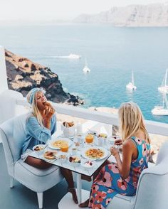 Oia, #Santorini, #Greece...