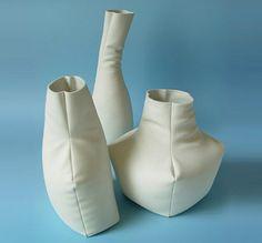 madieke-fleuren-leather-look-vase-457x425