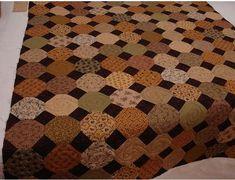 Use black corners on snowball scrap quilt Bargello Quilts, Scrappy Quilts, Bed Quilts, Mini Quilts, Antique Quilts, Vintage Quilts, Primitive Quilts, Colchas Quilting, Quilting Ideas