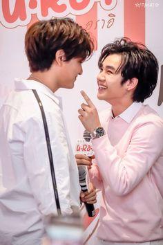 2moons The Series, 2 Moons, Cute Gay Couples, Thai Drama, Fujoshi, Cute Boys, Lgbt, Have Fun, Thailand