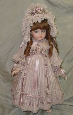 Doll Dress and Bonnet ♥ Dollightfully Yours ♥ Cheryl Imbornone Victorian Dolls, Antique Dolls, Vintage Dolls, Tiny Dolls, Old Dolls, Effanbee Dolls, Baby Dress Patterns, Doll Costume, Bisque Doll