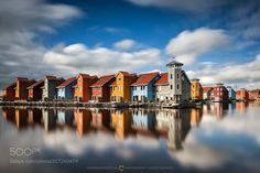 [ neighbour reflection ] by Oliver_Schratz via http://ift.tt/2pqHpOT