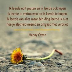 Zo verdrietig omdat jij er niet meer bent. ⭐Linda Forever 28 ⭐ Down Quotes, Words Quotes, Wise Words, I Miss My Dad, I Miss You, Loosing Someone, Death Quotes, Wish Quotes, Angels In Heaven