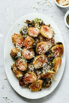 Popular roasted brussel sprouts recipe uk on your favourite meals - Roasted brussel sprouts - Roasted Sprouts, Sprouts With Bacon, Garlic Parmesan, Roast Recipes, Entrees, Sprouts Recipe, Easy Meals, Favorite Recipes, Dishes
