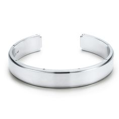 Tiffany and co Bracelets Metropolis mens cuff  Availability:  In Stock  $139.00  $47.84  Save: 66% off