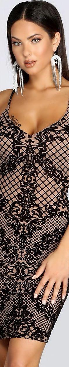 ❈Téa Tosh❈ CHRISTEN HARPER 🦋#christenharper #teatosh Windsor Store, Christen Harper, Fashion Bella, Female Style, Fashion Earrings, Sexy Dresses, Fashion Accessories, Dress Up, Actresses