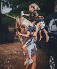 Pin by lily jade on motherhood is beautiful family kids, cute family, famil Cute Family, Family Goals, Family Family, Beautiful Family, Jolie Photo, Mother And Child, Child Baby, Baby Girls, Mommy And Me