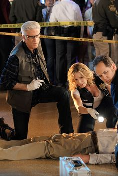 CSI - Loving the dynamic Ted Danson & Elisabeth Shue have brought. If we can't have Grissom, DB is my 2nd choice!