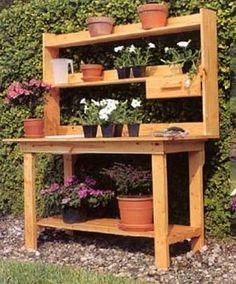 38 Charming Outdoor Garden Potting Bench Design Ideas #GardenPotting