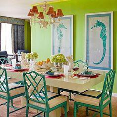 Beachy cottage dining room www.blackburninvestors.com #beachhouse #coastalliving nee ik ga t niet in mijn huis zo doen... dat heeft al een sfeer die uitgebouwd wordt maar dit is wel heel leuk en origineel zo!