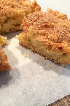 This Apple Slice is deliciously simple to make and simply delicious to eat. Healthy Apple Desserts, Apple Cake Recipes, Just Desserts, Baking Recipes, Delicious Desserts, Dessert Recipes, Yummy Food, Apple Cakes, Sponge Cake Recipes