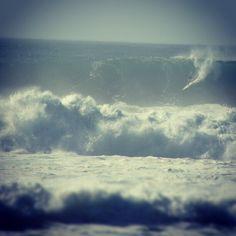 #Hawaii #808 #waimea #eddiewouldgo #eddieaikau #deathdefying #northshore #bigwave #longboard - @opihi808- #webstagram
