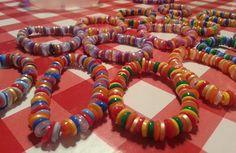 Armbandjes van strijkkralen, schattig! Diy Crafts For Kids, Arts And Crafts, Bracelet Making, Jewelry Making, Creative Kids, Hama Beads, Toddler Activities, Diy Bedroom Decor, Diy Gifts
