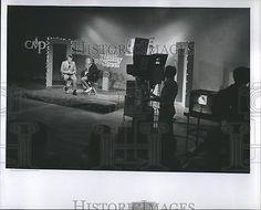 1981 Press Photo David Mainse Host 100 Huntley Street Christian Talk Show