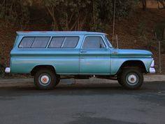 1965 Chevrolet Suburban Carrier