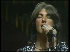Three Dog Night - Old Fashioned Love Song ('75)