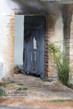 Lola Simon's Sceneries. : Construcción en ruinas para figuras de 12cm