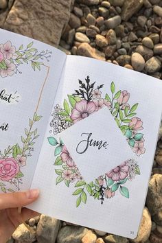 35 Adorable Bullet Journal Flower Ideas for 2020 - Crazy Laura - Look . - 35 adorable Bullet Journal flower ideas for 2020 – Crazy Laura – Check out these super cute exa - Bullet Journal Writing, Bullet Journal Headers, Bullet Journal Month, Bullet Journal Banner, Bullet Journal School, Bullet Journal Aesthetic, Bullet Journal Spread, Bullet Journal Inspo, Bullet Journal Layout