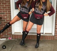 292 best ⑂ touch downs & team crowds ⑂ images лучшие друзья, College Wear, College Games, College Game Days, College Shirts, College Outfits, Tailgate Outfit, Tailgating Outfits, Date Outfits, Fashion Outfits