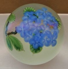 INCREDIBLY Gorgeous LUNDBERG Daniel Salazar ROMANTIC FLOWERS Glass PAPERWEIGHT