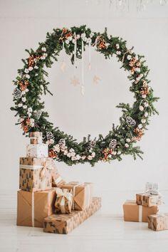 Christmas Mini Sessions, Christmas Minis, Christmas Wreaths, Christmas Crafts, Christmas Decorations, Christmas Portraits, Christmas Backdrops, Christmas Photo Booth Backdrop, Christmas Pictures