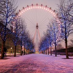 winter london eye