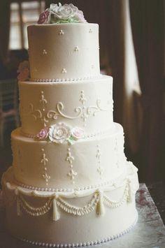 White Wedding Cake - mazelmoments.com