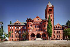 California: Tour the recently closed reform school, Preston Castle. Amador County, CA Abandoned Castles, Abandoned Places, Abandoned Mansions, Old Buildings, Abandoned Buildings, Preston Castle, Great Places, Places To Go, California Tours