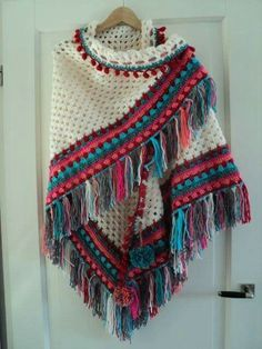 ideas crochet shawl poncho diy for 2019 Pull Crochet, Mode Crochet, Crochet Lace, Crochet Shawls And Wraps, Crochet Scarves, Crochet Clothes, Knitting Scarves, Crochet Edging Patterns, Knitting Patterns