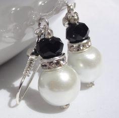 Black & White Pearl  Bridesmaid by StunningGemsJewelry on Etsy