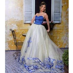 Ballallo pranverore...best#dress#ever#DM thank you @donamatoshi