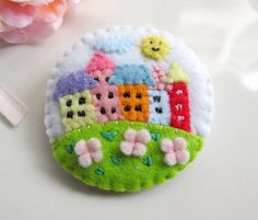 craftingwithlove felt brooch
