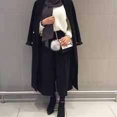 future outfit for sure Modern Hijab Fashion, Muslim Fashion, Modest Fashion, Fashion Outfits, Casual Hijab Outfit, Hijab Chic, Casual Outfits, Modest Wear, Modest Outfits