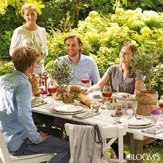 BLOG FLORYSTYCZNY: proste pomysły na dekoracje stołu w ogrodzie