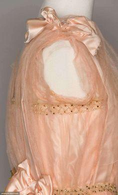 Party Dresses (image 6) | 1914-1916 | silk | Augusta Auctions | April 20, 2016/lot 204