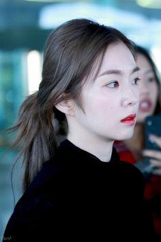 K-Pop Babe Pics – Photos of every single female singer in Korean Pop Music (K-Pop) Red Velvet Seulgi, Red Velvet Irene, Korean Beauty, Asian Beauty, Korean Girl, Asian Girl, Rapper, Girl Artist, Fashion Tights