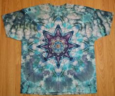 Mens 2XL Fruit of the loom extra heavy cotton ice-dyed tie dye T shirt. A combination of melting ice and powdered dye creates this one of a