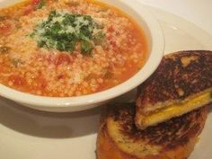 Tomato Soup and Pastina with Grilled Cheese! Should make it a caprese grilled cheese : ) Pastina Soup, Pastina Recipes, Soup Recipes, Cooking Recipes, Healthy Recipes, Italian Soup, Italian Recipes, Burritos, Ramen
