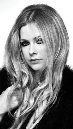 Oprah Winfrey, Stylish Girls Photos, Girl Photos, Jennifer Lopez, Avril Lavigne Photos, Avril Lavingne, Face Proportions, The Best Damn Thing, Celebrity Drawings