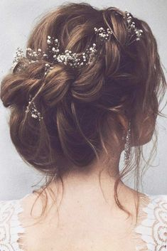It is high time to think about prom hairstyles as the big dance will soon be upon us. Whether you are looking for prom long or medium length hairstyles, the options are limitless. There are a ton of fun, elegant, and trendy hairstyles for the upcoming prom season. From curls to braids to fancy updos, there's something for everyone. #promhairstylesforlonghair #promhairstyles #promhair #homecominghairstyles